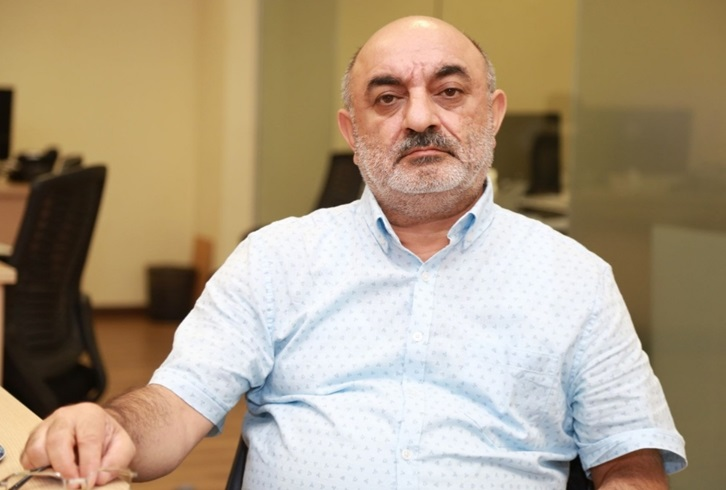 SƏDRƏDDİN SOLTANIN ŞƏRHİ – Azərbaycan Ruznaməsi